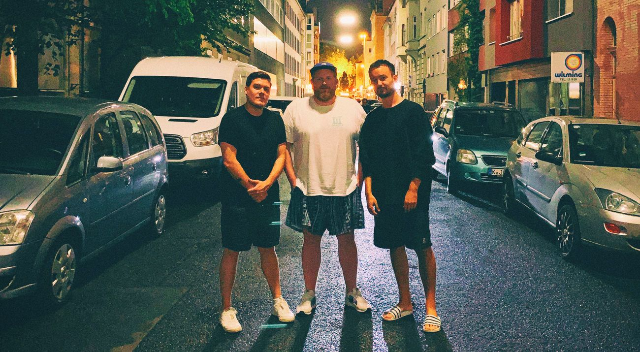Calling In A Favour w/ Julian Brimmers, Owns & Hade (August 2019)