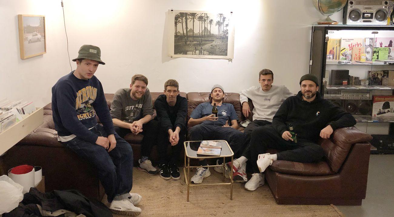 Prod. by w/ Robert Winter, FloFilz, Hubert Daviz, Twit One, Hulk Hodn & Joscha Creutzfeldt