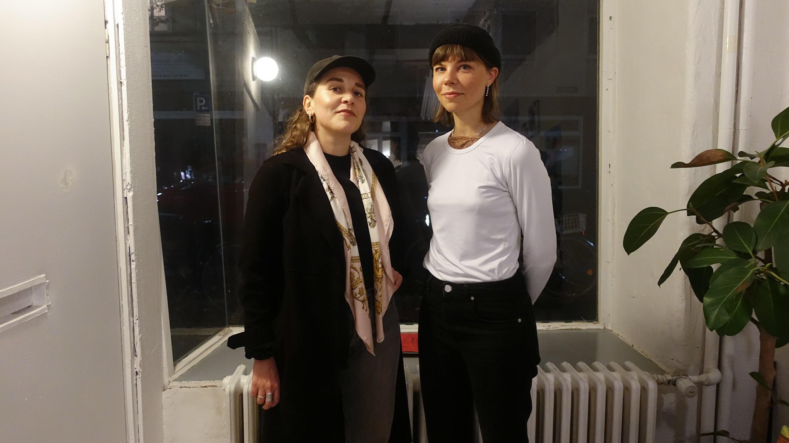 Amelie Liebst & Anna Burst, hosts of Kleiderei Radio on dublab DE